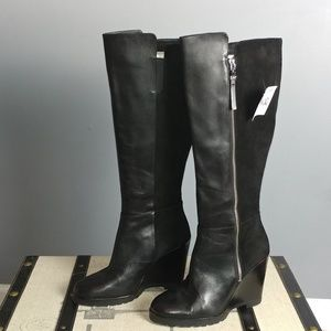 Michael Kors black leather wedge boots 8.5 flaw
